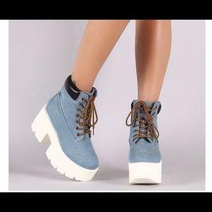 Shoe republic LA Jean platform boots size 10